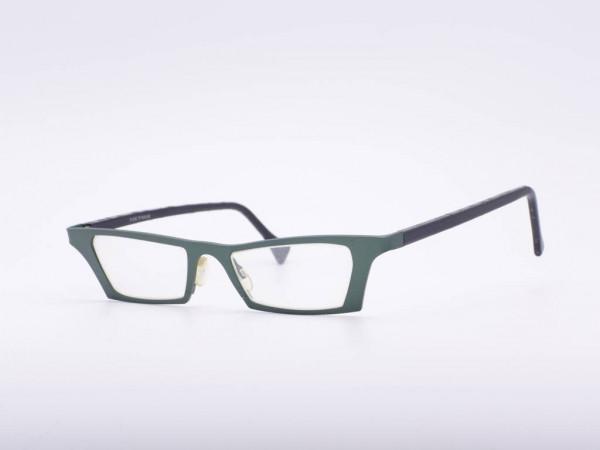 theo eyewear Cateye grüne Titan Damen Brille leichtes Modell eye witness JJ aus Belgien GrauGlasses